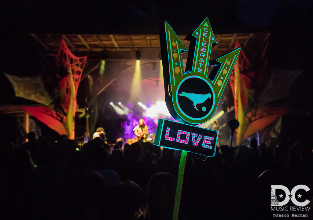 The Fans Were Showing Their Funk Love during The Magic Beans's performance