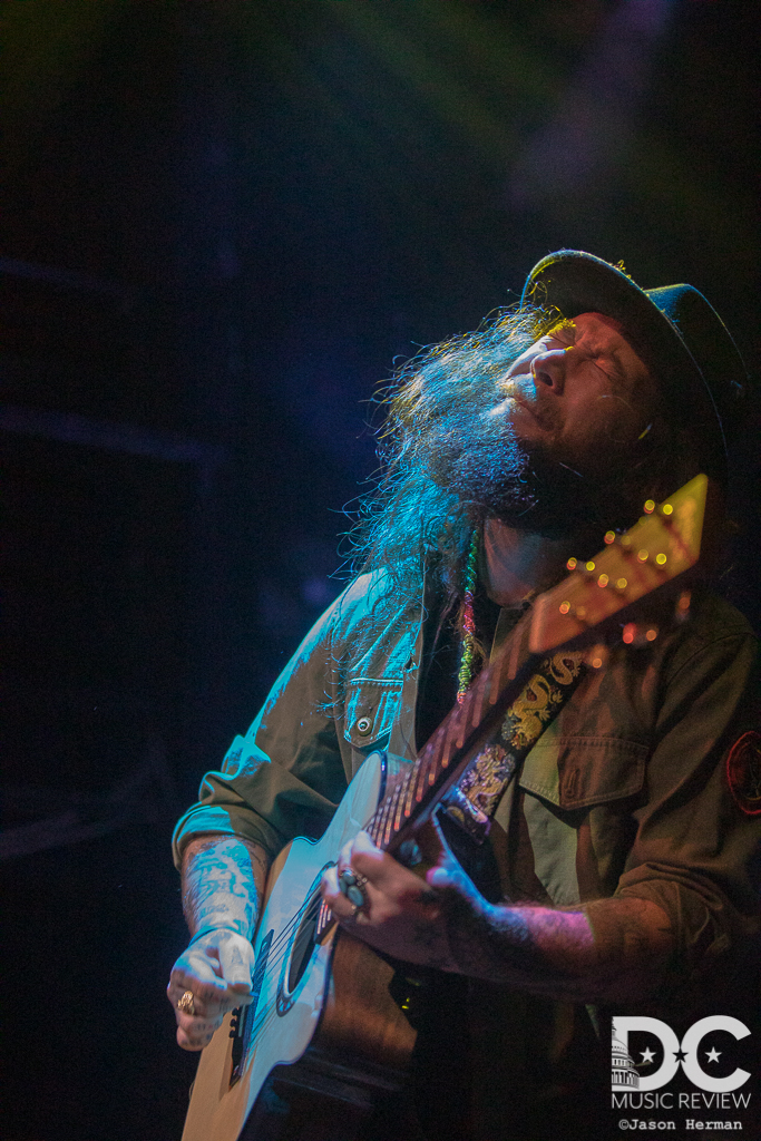 Mihali Savoulidis got lost in his songs and his performance.