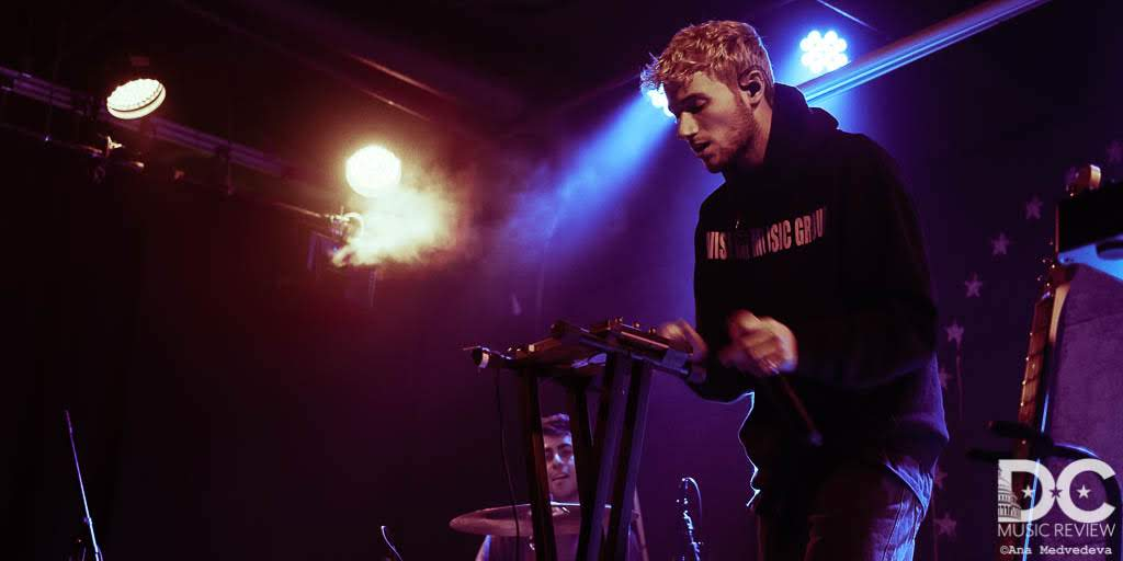 Jeremy Zucker performing at U Street Music Hall