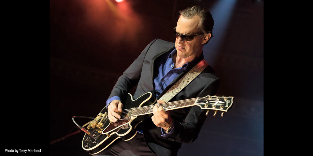 Joe Bonamassa (Photo Credit: Terry Marland)