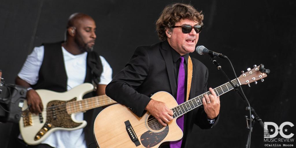 Keller WIlliams performs at Lockn 2018